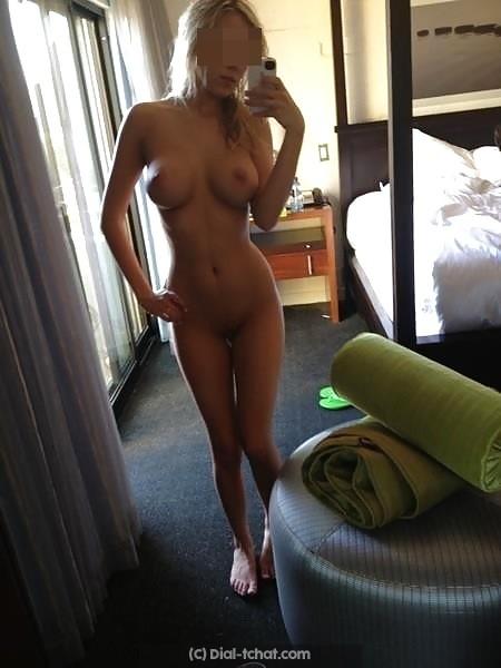 Bègles, femme blonde mariée infidèle cherche amant