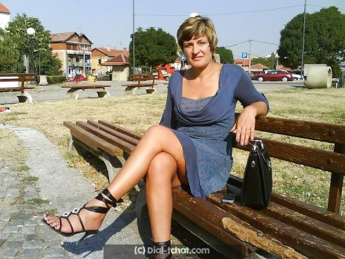Tchatter avec une femme de Bordeaux